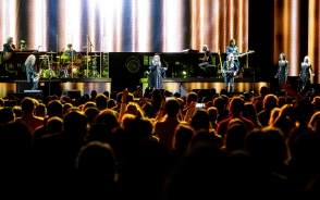 Stevie Nicks performs with her band during a concert at Pinnacle Bank Arena in Lincoln. KRISTIN STREFF, Journal Star